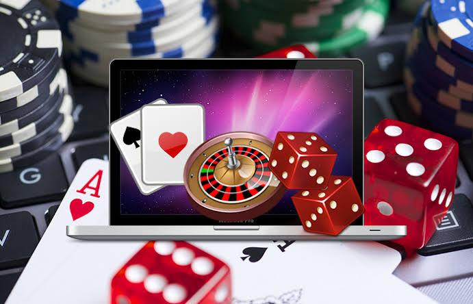 สล็อตออนไลน์และบาคาร่าออนไลน์ รูปแบบและกฎกติกาของเกมที่เล่นง่ายและดีที่สุด